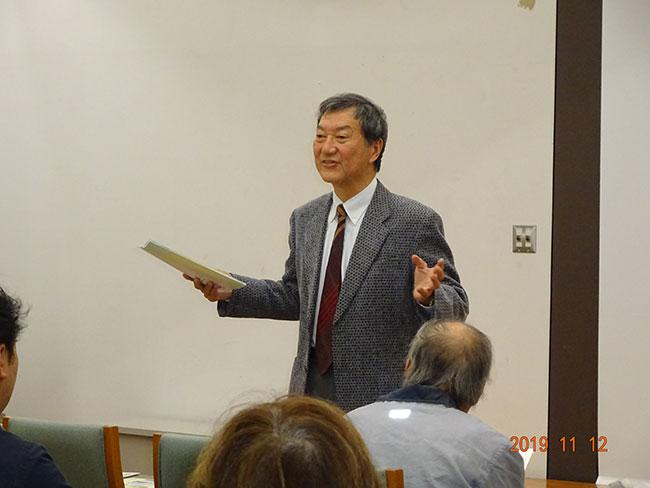 川井特任教授による研究所概要説明