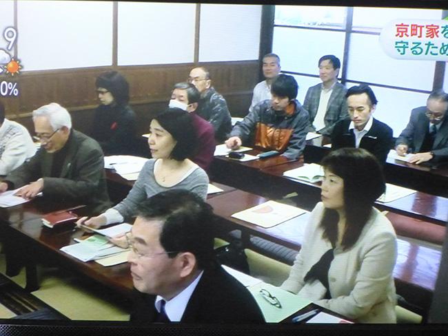 小島氏の講演を熱心に聞く参加者