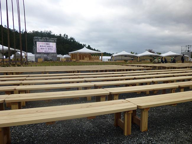 京都産木材で製作したベンチ