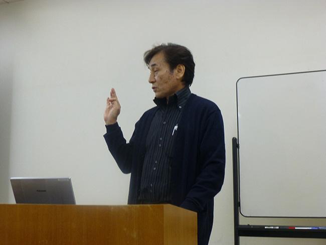 講演(愛甲氏):木材を利用促進するために利用マニュアルを作成する